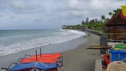 Ngwe Saung Beach Photo